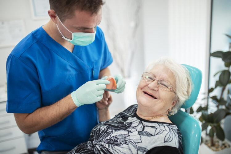Controllo protesi dentaria
